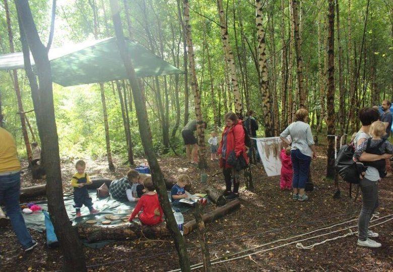 Participants of Children's Wood Community Outdoor Hub Development Project